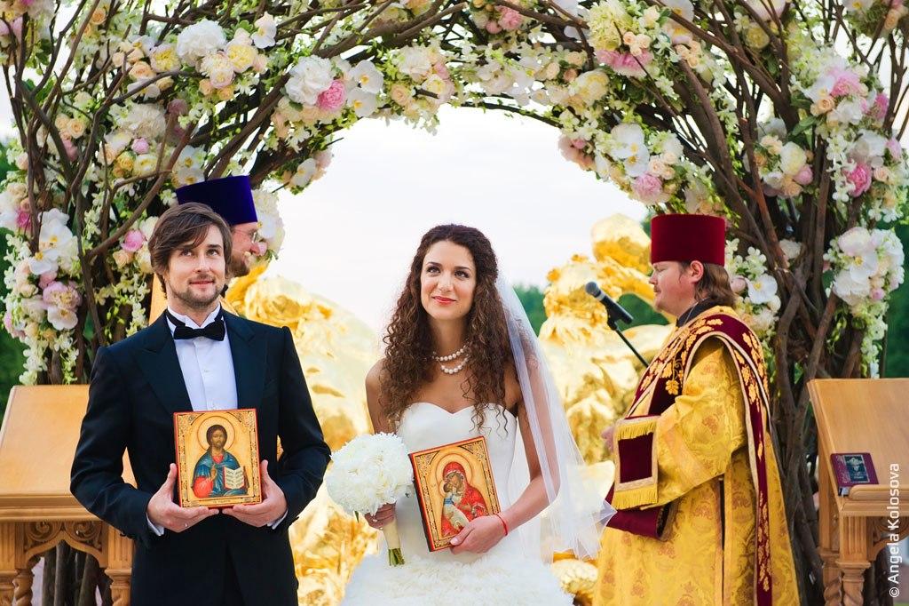 Шикарная свадьба Даниила и Синтии в Петергофе.